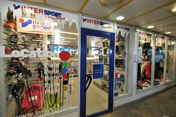 commerces et services la pierre saint martin intersport ski shop. Black Bedroom Furniture Sets. Home Design Ideas