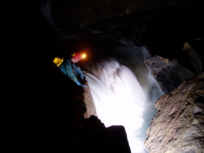 Grotte de la Verna_rivière_Sainte Engrâce © la verna