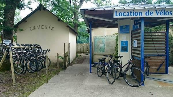 Station service vélo