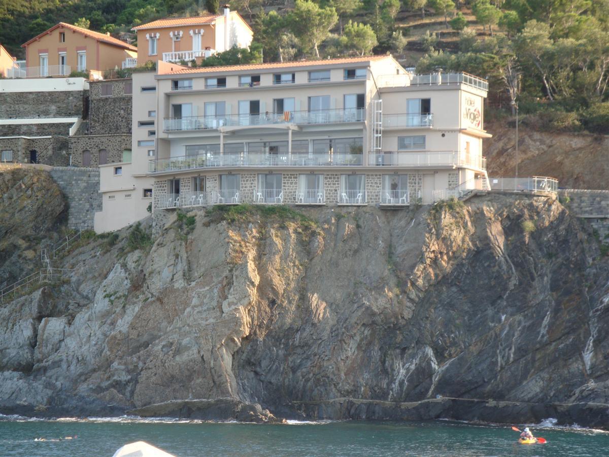 Hôtel sur falaise  © Hôtel la Vigie - Cerbère