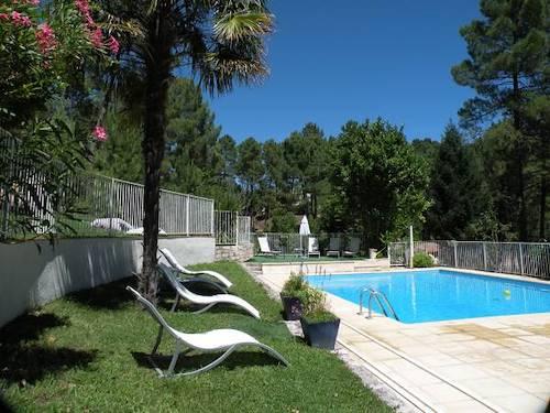 Villages de gites de france locations de vacances avec - Gites de france gard avec piscine ...