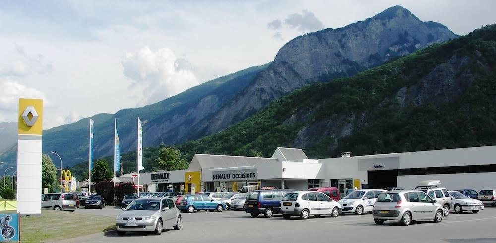 Renault Saint-Jean-de-Maurienne ©