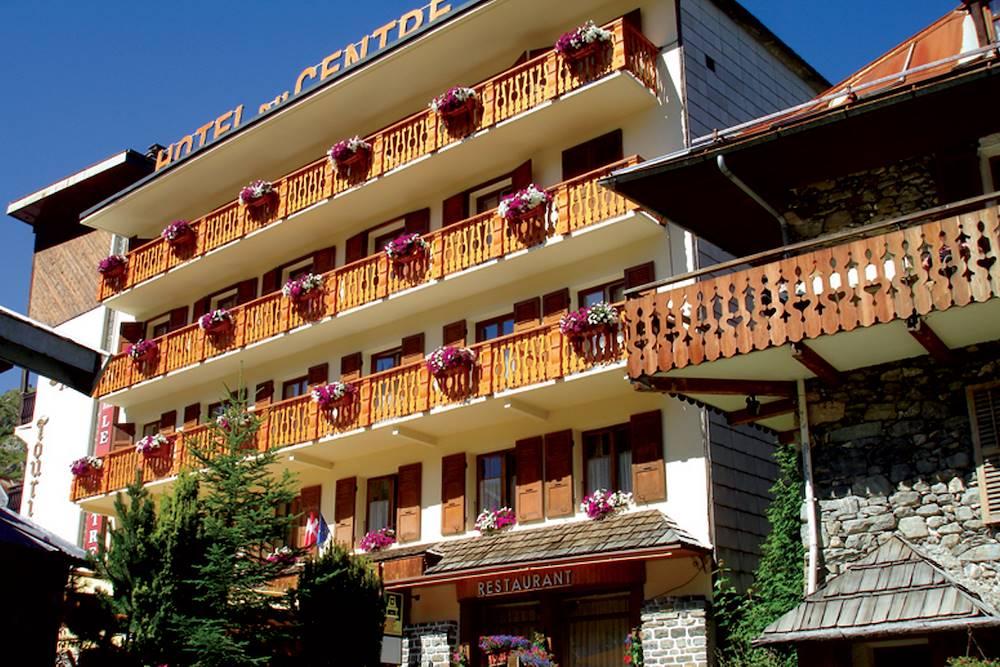 Extérieur été - Hôtel le Centre © Le Centre / Ot Valloire