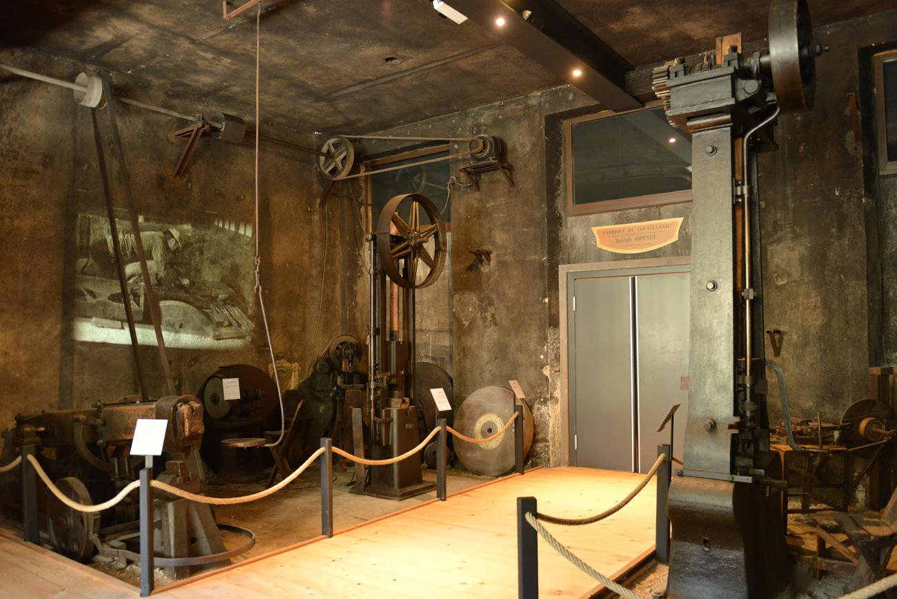 Musée Opinel - Anciens outils et mécanismes © Pierre Dompnier
