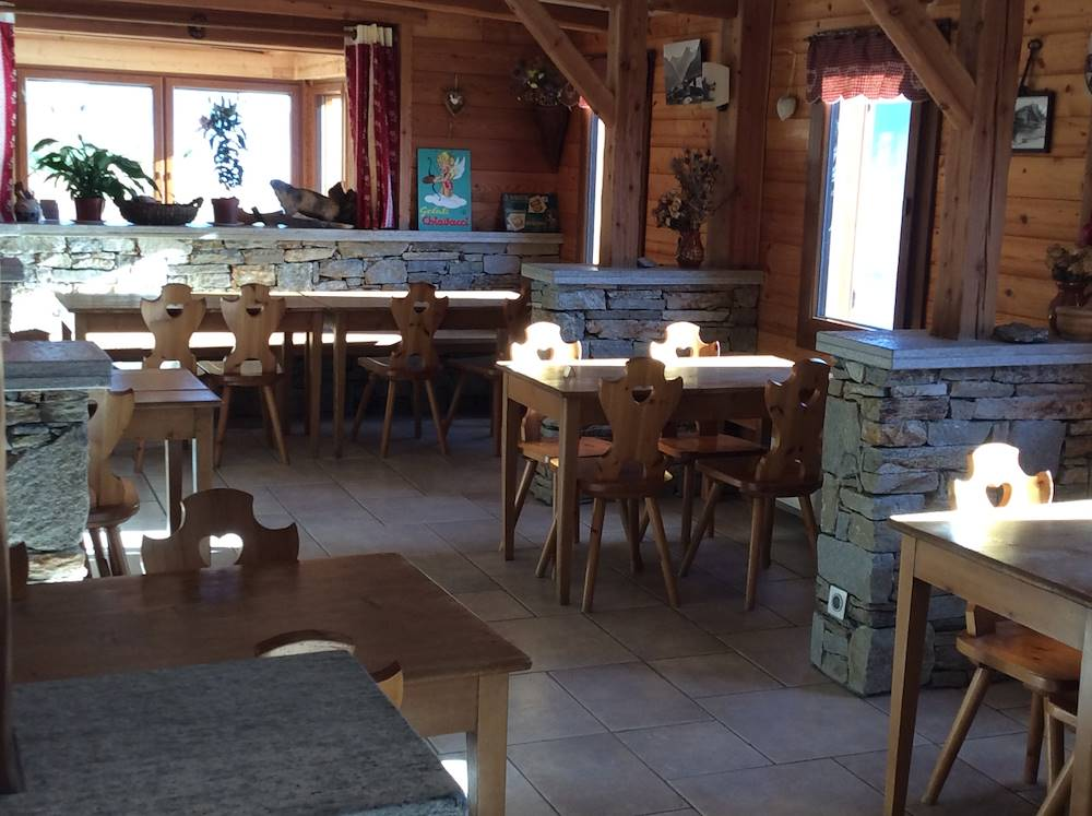 val-cenis-lanslebourg-restaurant-le-savoie-col-du-mont-cenis © Brigitte Anglay
