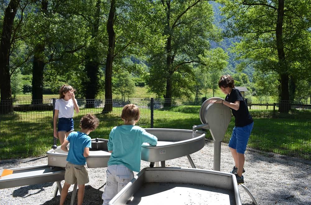 Jeux d'eau coeur de village © OT Porte de Maurienne