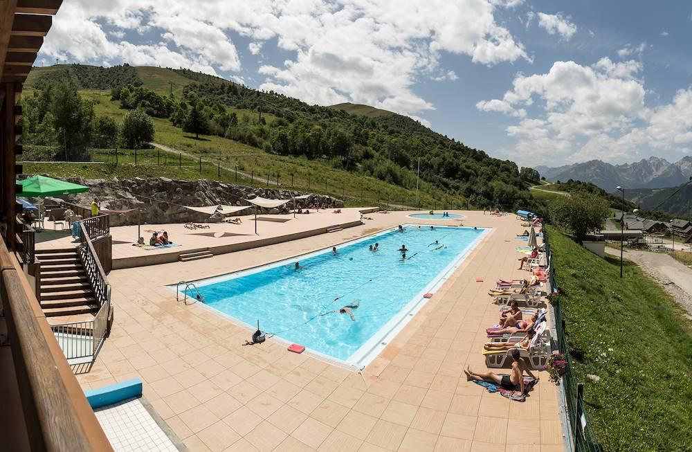 Piscine centre sportif © A.Pernet