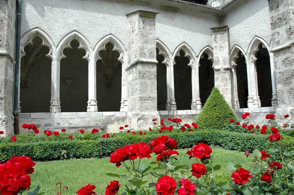 Cloître de Saint-Jean-de-Maurienne © P. Dompnier