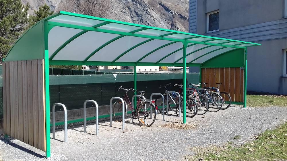 Emplacement pour vélos © Communauté de Communes Cœur de Maurienne Arvan