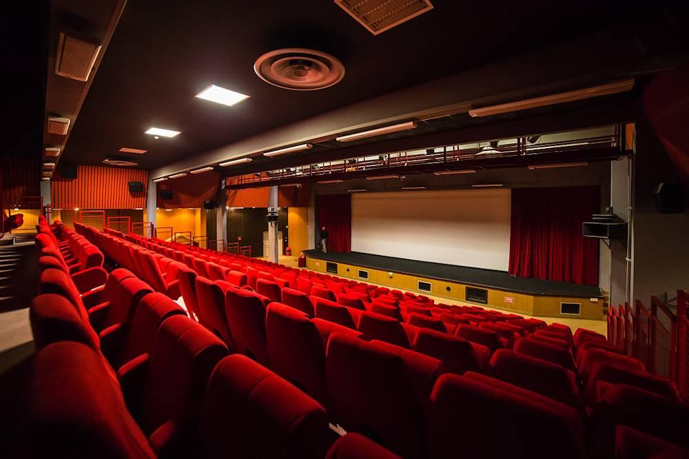 Cinéma © OT Karellis