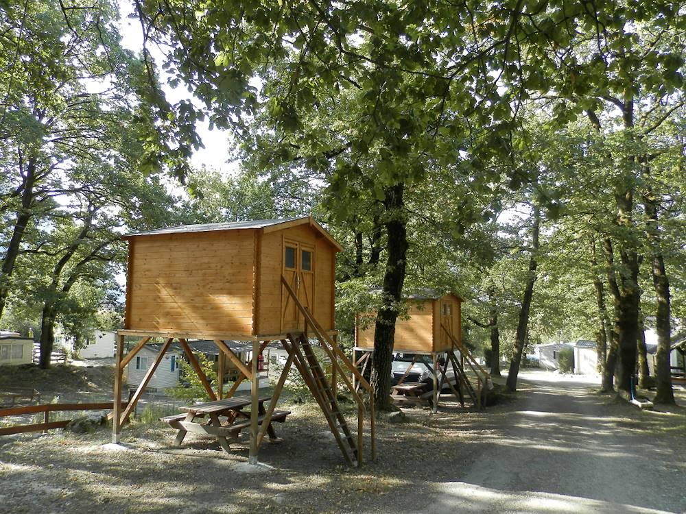 Camping le Bois Joli chalet © Grégory CHEVALLIER