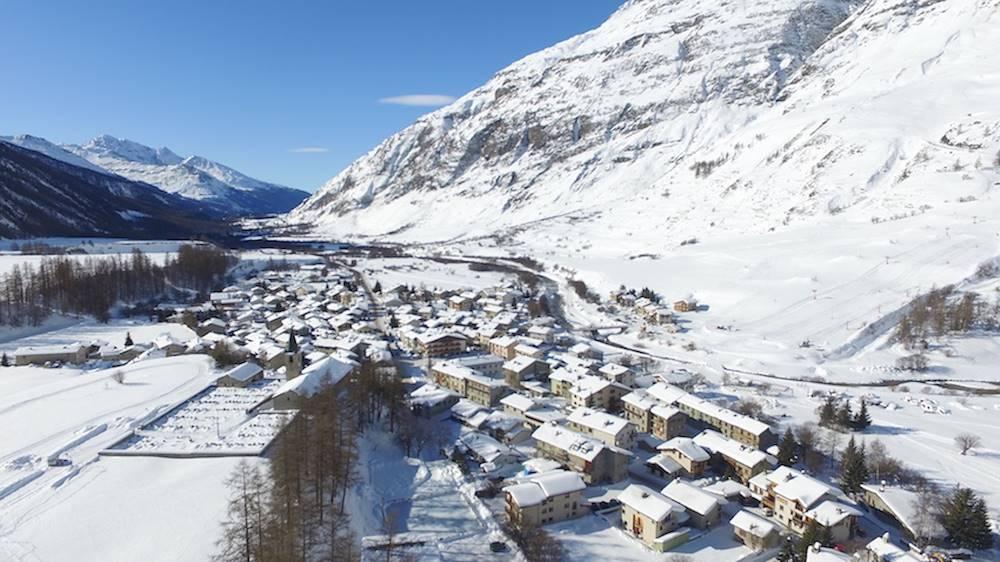 village-de-bessans-en-hiver © clappier