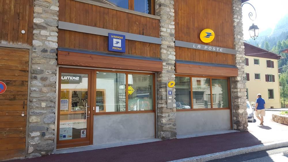 val-cenis-lanslebourg-service-la-poste © Haute Maurienne Vanoise Tourisme - Fabien Le Bourg