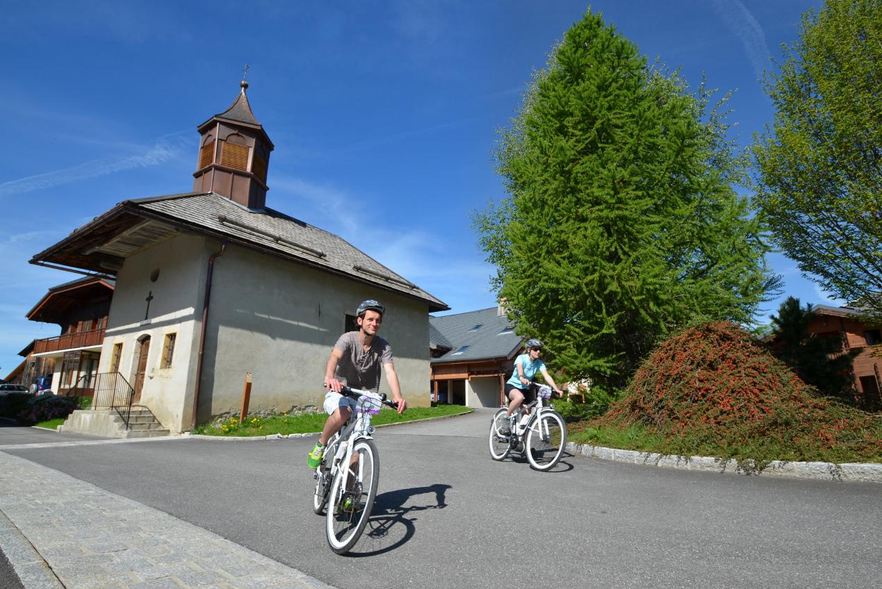 Vélo Electrique de Randonnée à Crest-Voland / Cohennoz © Office de Tourisme du Val d'Arly