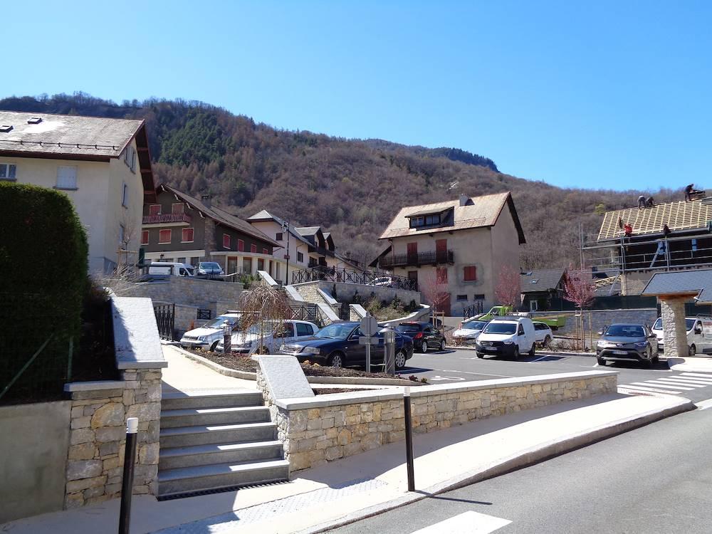 Parking centre de Villargondran © Communauté de Communes Cœur de Maurienne Arvan