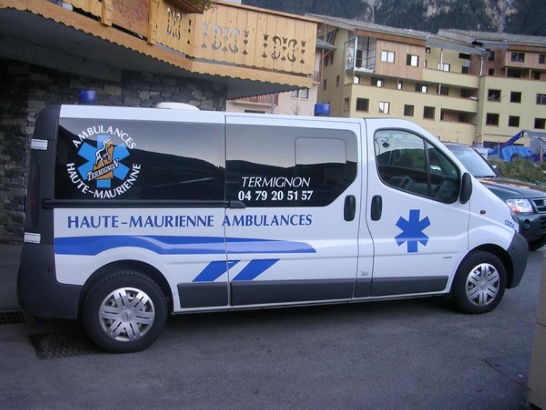 ambulances-haute-maurienne © Taxis et ambulances de haute Maurienne