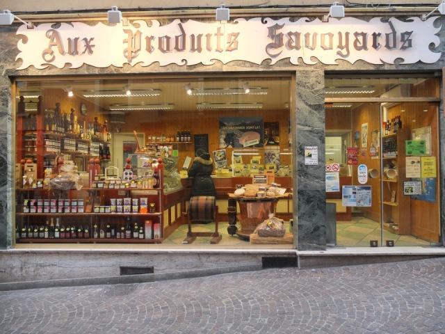 Aux produits savoyards Saint-Jean-de-Maurienne © Pierre Dompnier