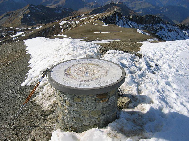 Table d'orientation à la Tête Nord des Fours 2600m