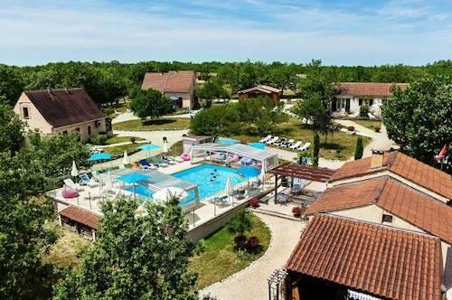 Location vacances gites dordogne perigord - Village vacances dordogne piscine ...