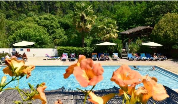 Location Vacances RIBES